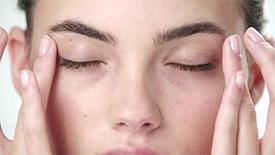 Traiter et rehausser avecUltimune etUltimune pour les yeux